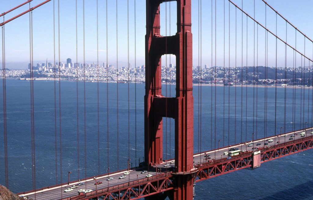 1994-usa-244 san francisco door golden gate bridge -1800pix