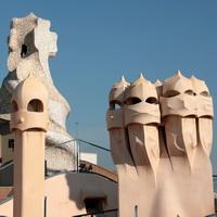 BCN Gaudi Casa Pedrera 706 0693-e Foto Henk Butink200x200