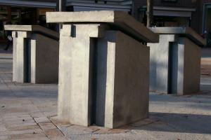 Drie gedenktafels 6-ABeerends-Wvd Horst-MvAmerongen-detail tafels van voren