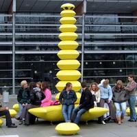 Monument voor de jeugd-Olaf Mooij-in gebruik-200x200