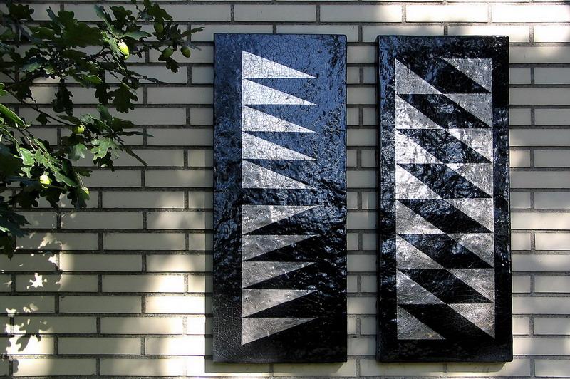 Negen keramische platen 3-Norman Trapman-Geblakerde resten