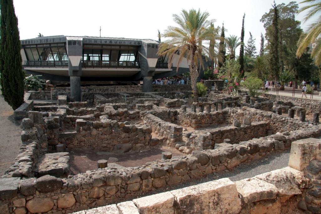 04630-Cafarnaum-5406-e kerk van St. Petrus-1500pix