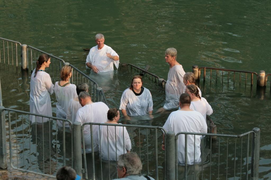 05638-Yardenit-doopplts-5890-e de volgende dopelingengroep USA-1500pix