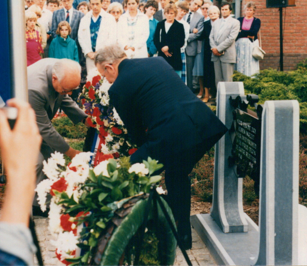 1986-05-04 foto g. reurings - kranslegging