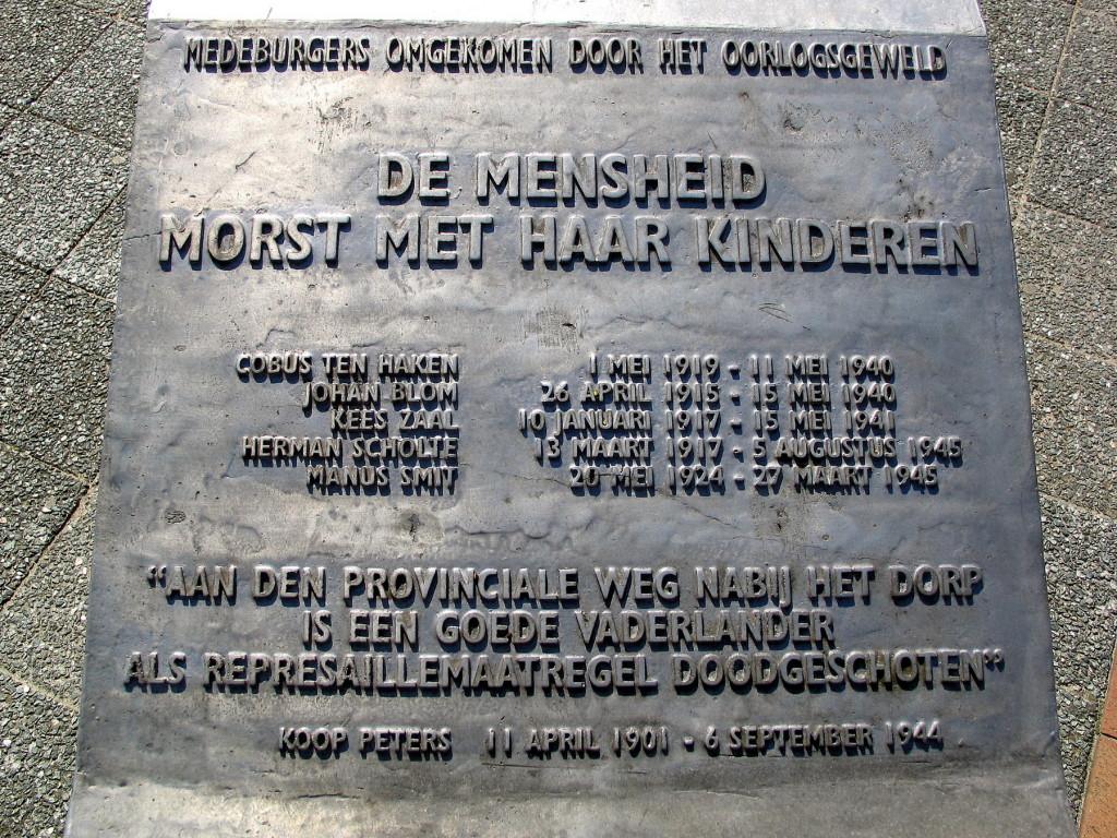 Mijdrecht Gedenktafels - burgers-1800pix Foto Henk Butink