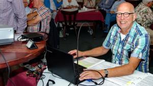 2015 Henk presenting1024pix-16-9
