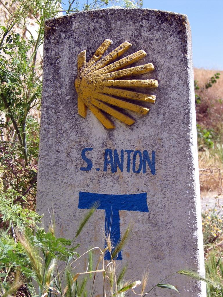 Camino 2445 wegwijzer 1700pix foto Henk Butink